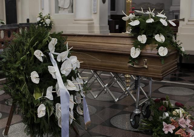 Trumna iwieńce pogrzebowe